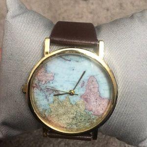 Jewelry - Brown globe watch
